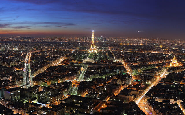 File:Paris-Skyline.jpg