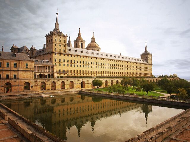 File:Escorial Monastery.jpg