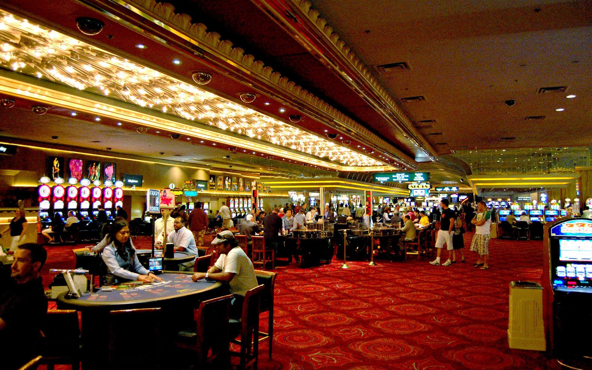 Lasvegas casino avery cardozas casino 2000