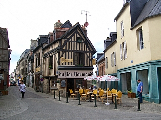 File:Avranches-cottage-french-rentals-domfront-town-1761184.jpg