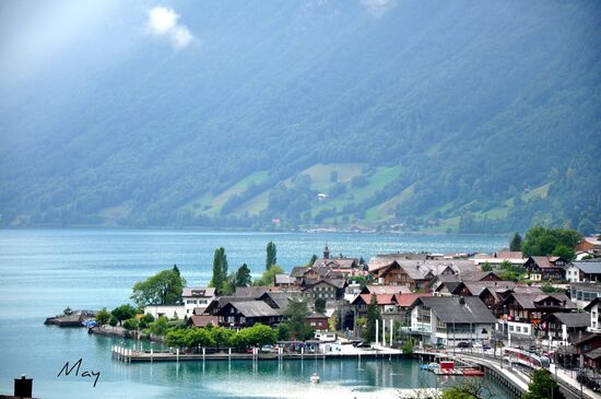 Lake Brienz Switzerland 5