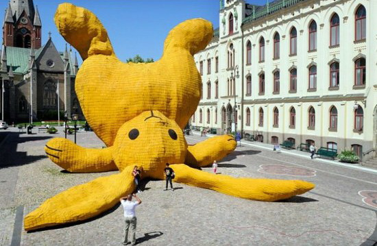 File:Big Bunny Art.jpg