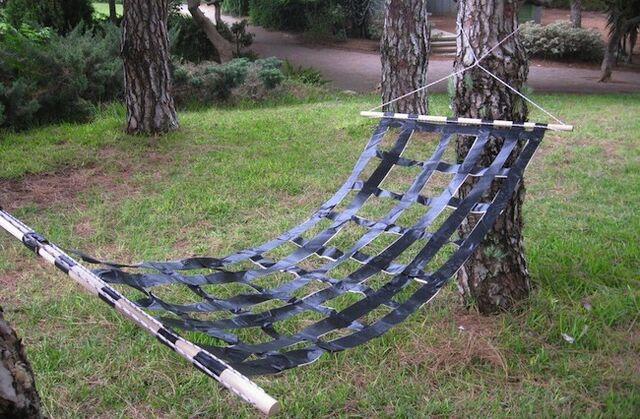 File:Duct-tape-hammock1.jpg