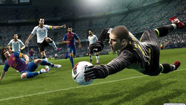 File:Pro evolution soccer 2013 image22.jpg