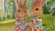 Twin-Sisters-Peter-Rabbit-TV-Show