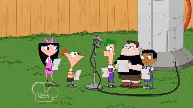File:Kids in the backyard.jpg