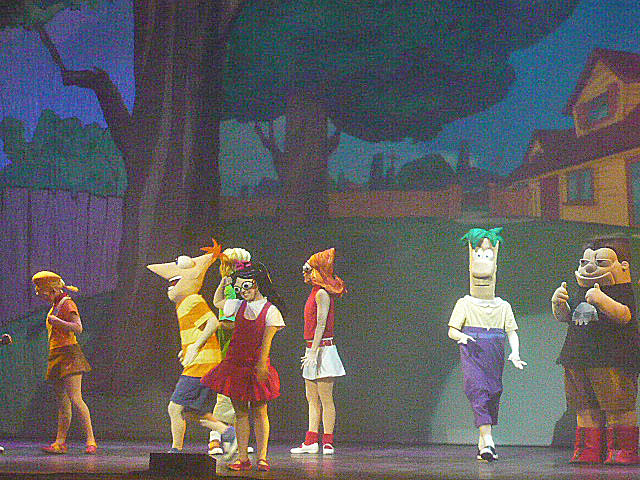 File:Phineas and ferb live 024.JPG