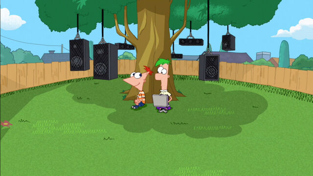 File:Phineas and Ferb use their platatractor to try and find perry.jpg