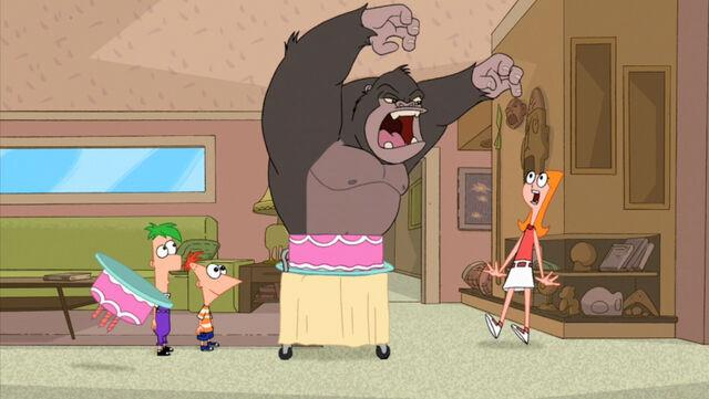 File:Gorilla in the cake.jpg