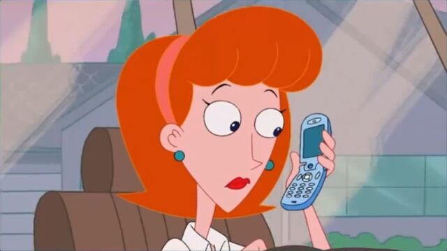 File:Linda shocked at what Candace said over the phone.jpg