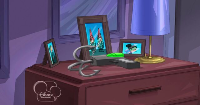 File:Doofenshmirtz left his grappling hook on his dresser.jpg