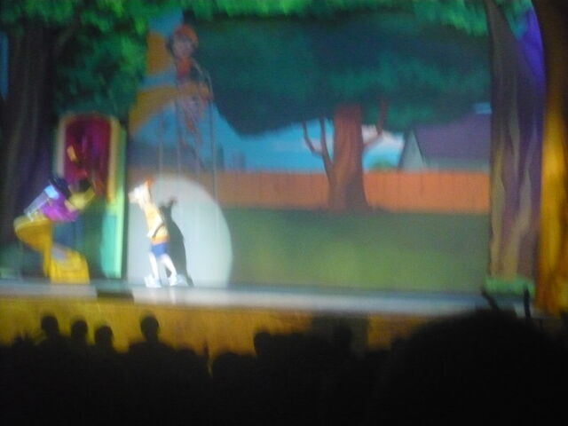 File:Phineas and ferb live 009.JPG