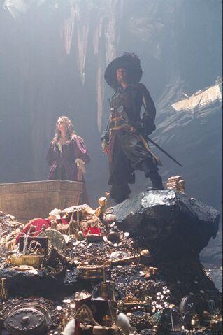 File:Captain Barbossa and eliz.jpg