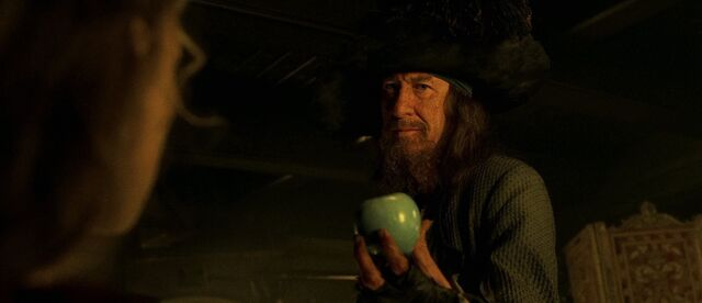 File:Barbossa Apple.jpg