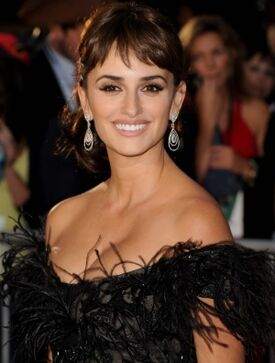 Penelope-Cruz-Pirates4-premiere