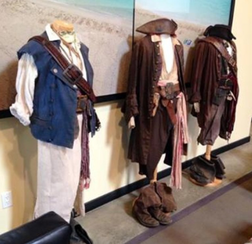 File:Costumes.png