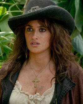177621-pirates-of-the-caribbeans-angelica-costume
