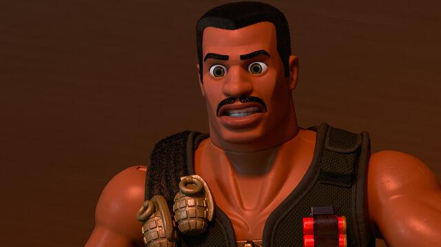 Fichier:Toy-Story-of-Terror-Combat-Carl.jpg