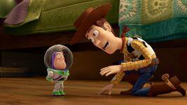 Toy Story Toon short Small Fry Woody Mini-Buzz