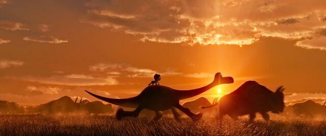 File:The Good Dinosaur 71.jpg
