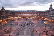 220px-Plaza Mayor de Madrid 06