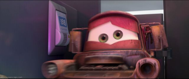 File:Cars2-disneyscreencaps.com-3239.jpg