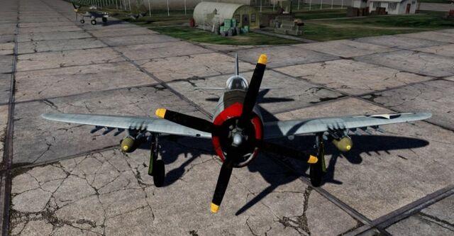 File:P-47D-28 Thunderbolt (2).jpg