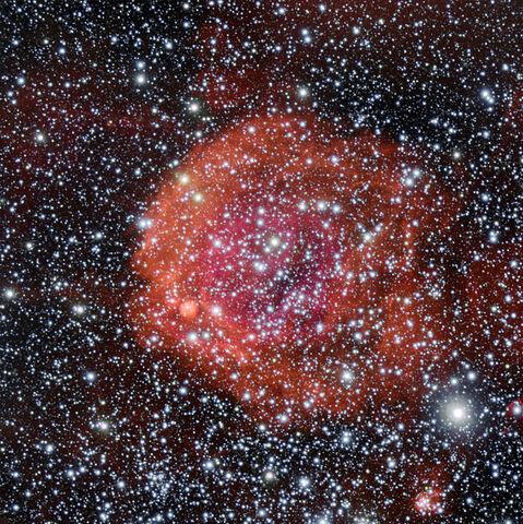 File:NGC 371.jpg
