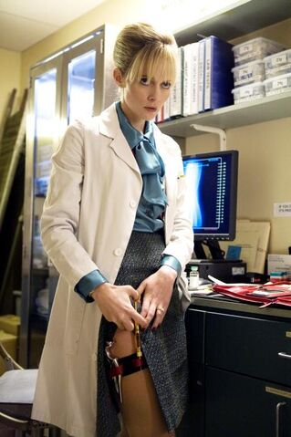 File:Dakota in the hospital.jpg