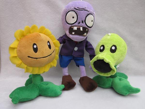 File:Plants-vs-zombies-plush-toy-lots-3-peashooter-2112694.jpeg