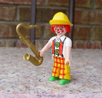 Circus 30 00 4192 Clown red hair plaid pants
