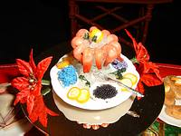 File:Shrimp & Caviar on Ice Platter.jpg