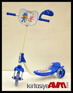 Pocoyo scooter by
