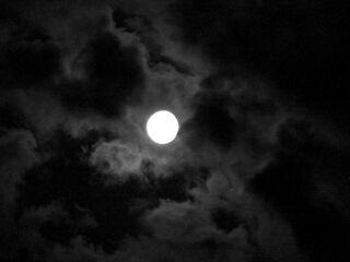 Moon-girl-night-sky