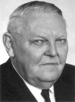 File:Ludwig Erhard.jpg
