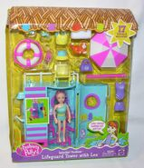 Polly Pocket Splashin' Fashion Lifeguard Tower Lea
