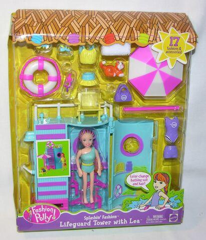 File:Polly Pocket Splashin' Fashion Lifeguard Tower Lea.jpg