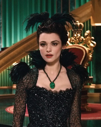 File:Evanora in Oz Great and Powerful.jpg