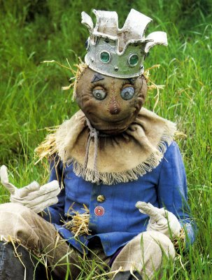 File:The Scarecrow (Return to Oz).jpg