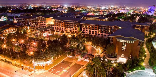 File:Disney's Grand Californian Hotel and Spa.jpg