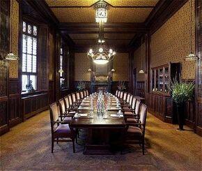 Beraadzaal meeting room