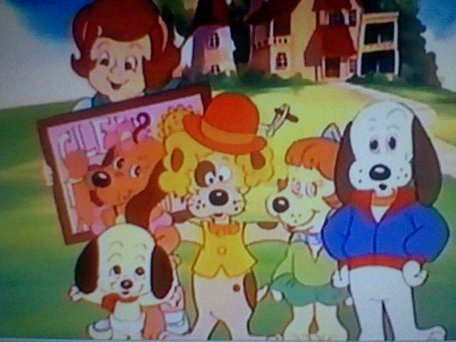 File:Pound Puppies and Holly Family Portrait.jpg