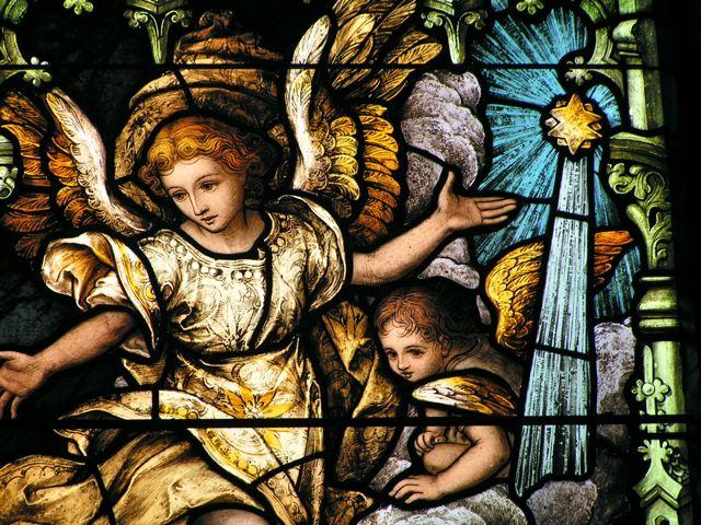 File:Angel-at-Nativity-Star.jpg
