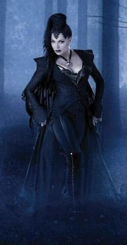 File:Evil Queen costume.jpg