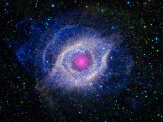 File:Giant-Eye-In-Space.jpg
