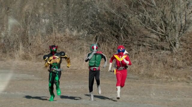 File:Akaranger, Kamen Rider Ichigo,and OOO.jpeg