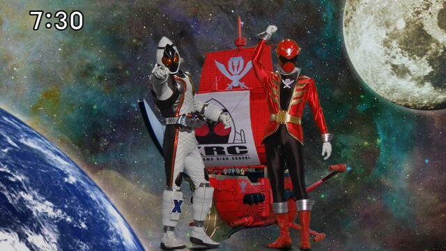 File:GokaiRed + Kamen Rider Fourze.jpg