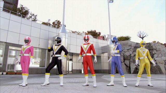 File:Episode 42 - Fiveman Change.jpg
