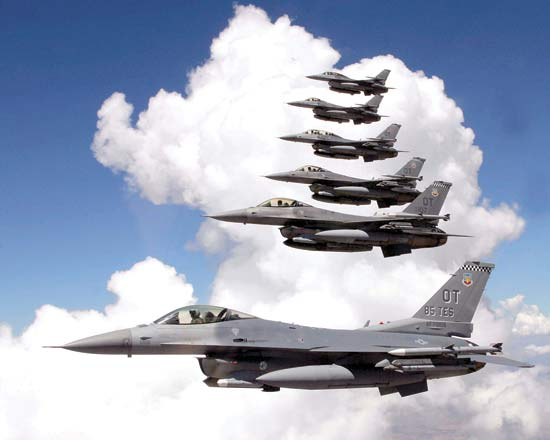 File:F-16s.jpg