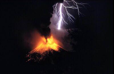 Lightning volcano 01